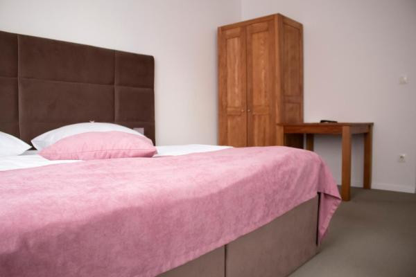 Double room economy with double bed